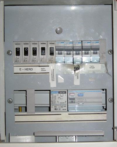 Bussardstrasse 131 53757 sankt augustin part 18 - Fi schalter badezimmer ...